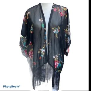 Black sheer floral kimono with the fringe,size S/M